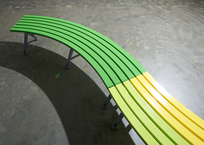 mall-curved-bench-2