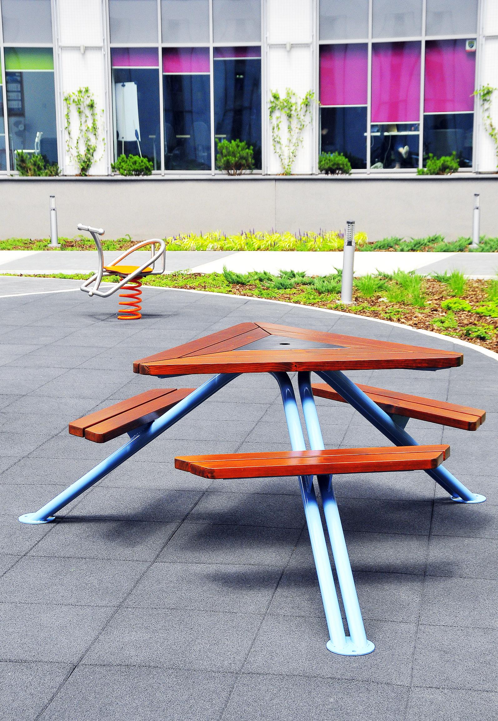 mars-stol-piknikowy-dla-miast-ogrodow-parkow